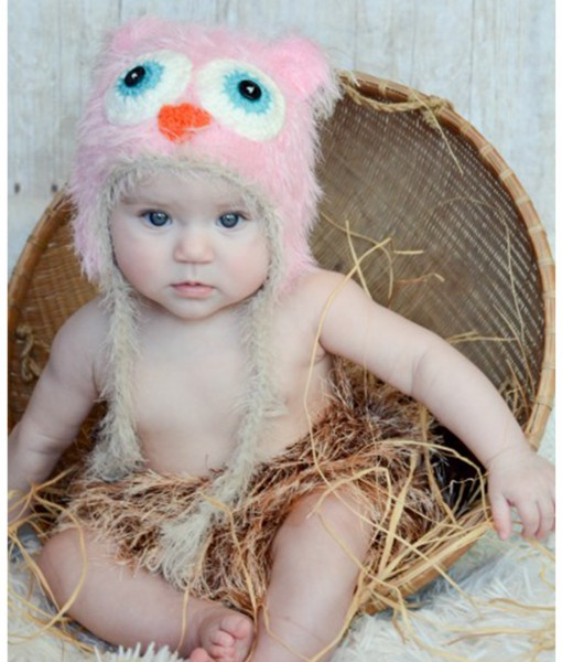 Infant Pink Yarn Owl Hat