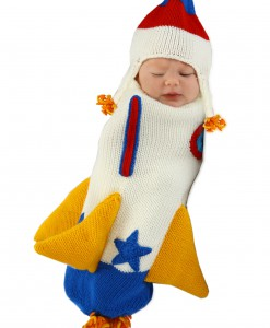 Roger the Rocket Ship Knitted Bunting